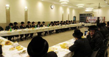 קהילת ויז'ניץ באלעד ערכה קבלת פנים ל – 70 אברכים שזה מקרוב הצטרפו לקהילה
