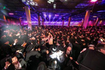 מעמד ההצדעה לשליחי חב״ד: גלריה מרהיבה