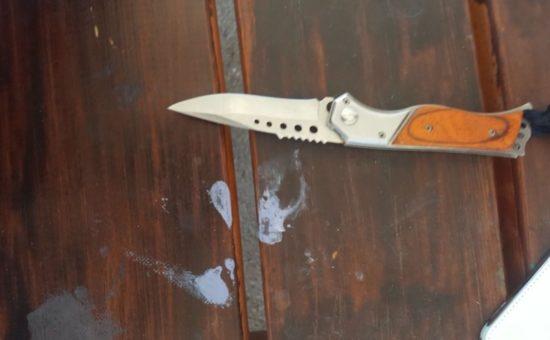 הסכין שנתפסה. צילום דוברות המשטרה