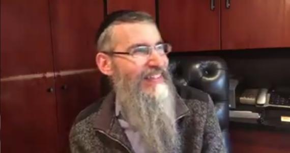 """""""לא שכחתי"""" אברהם פריד מספר על אלבום חדש ש'כבר יוצא' וגם: הופעה קרובה בישראל"""