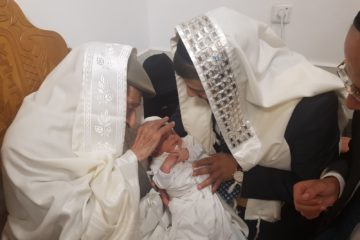"""שמחת 'נהר שלום': זקן המקובלים הרב שלום שמואלי שימש סנדק לנינו בן המשב""""ק"""