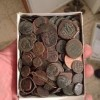 מאות מטבעות וחפצים עתיקים נתפסו אצל שודד עתיקות