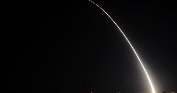 """מחממים את הגזרה: ארה""""ב ביצע בפעם השנייה השבוע ניסוי בטיל בליסטי"""