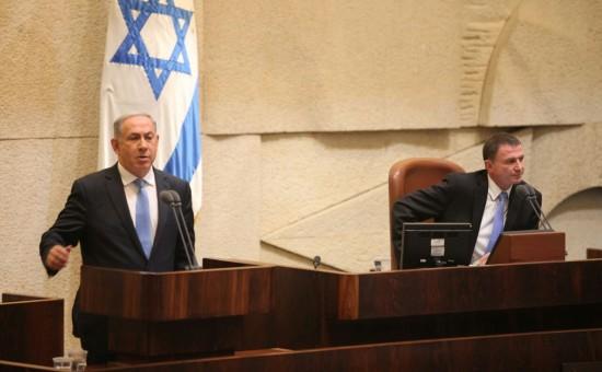 נתניהו ואדלשטיין בהשבעת הממשלה. צילום: דוברות הכנסת