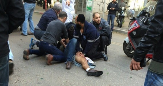 ארוע ירי בתל אביב: 2 הרוגים ו9 פצועים, היורה נמלט