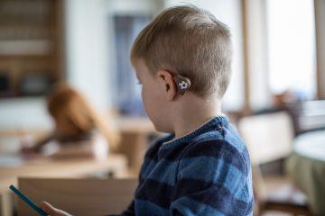 הטכנולוגיה שמאפשרת ללקויי שמיעה לשמוע ללא ניתוח
