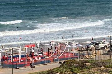 העיריה בנתה מתקן ספורט על החוף – ללא היתר