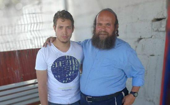אהרון גרנות ובנו אהרון גרנות ובנו