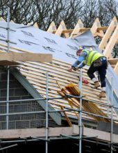 חברה קבלנית ניסתה לחמוק מתיקון ליקויי בנייה – ושילמה על כך ביוקר