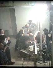 מצלמות; התרגיל של תושב יצהר לשוטרים