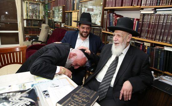 אריה כהן אצל נשיא המועצת, צילום: יעקב כהן