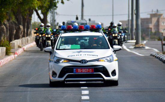 """משטרת ישראל בליווי אח""""מים"""