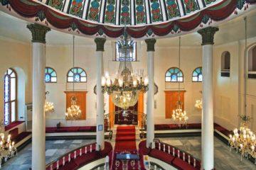 כאבי רגליים: עצות לעמידה ממושכת בבית הכנסת