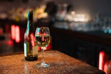השקת יינות לבנים של חורף