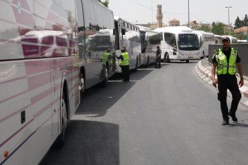 תיעוד מרגיז: נהג אוטובוס בבני ברק