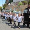 תולדות אברהם יצחק מציגים: הילדים בתהלוכת ספר תורה לכבוד שבועות
