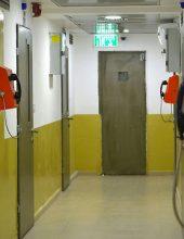 מתוך הכלא: גנב מליונים מבעלי עסקים