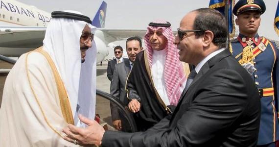משטר אל-סיסי במתקפה דורסנית נגד המועמדים האפשריים לנשיאות