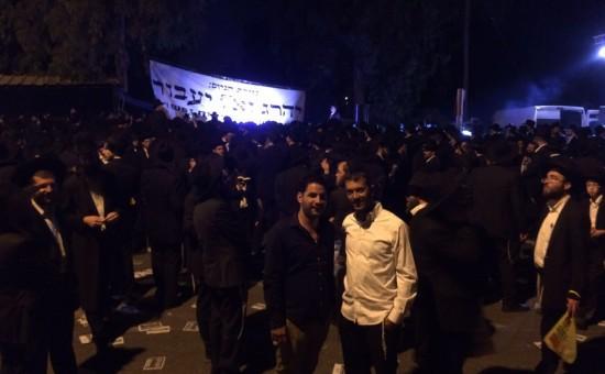 מאות מפגינים מול כלא 4 בעקבות מעצרו של הבחור משה חזן