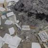 זעזוע: גנב עשרות סידורים מבתי כנסת ושרפם באש