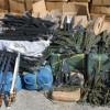נתפסו: זיקוקים חרבות וסכיני קומנדו  • תיעוד