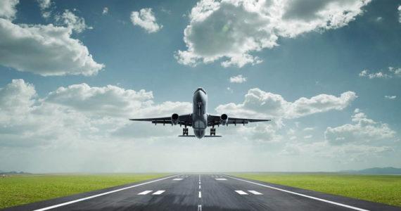 לא יאומן: בשדה התעופה נודע לקבוצת המתפללים כי מקומותיהם 'נמכרו'