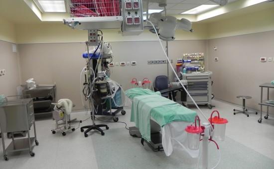 חדר ניתוח. צילום: ויקיפדיה