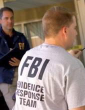 """ארה""""ב: אסירים שהצילו חייו של סוהר יזכו לקיצור תקופת מאסרם"""