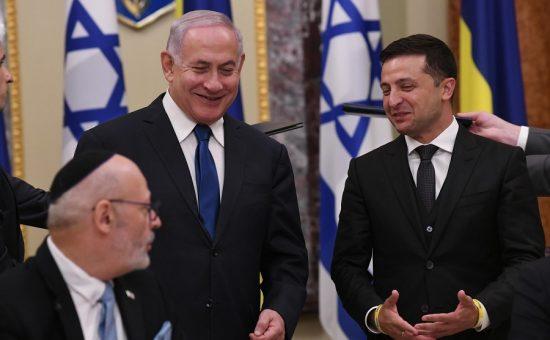 """ראש הממשלה בנימין נתניהו עם נשיא אוקראינה, צילום: עמוס בן גרשום לע""""מ"""