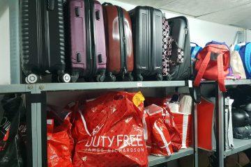 תכשיטים, ציוד רפואי והמון מזוודות