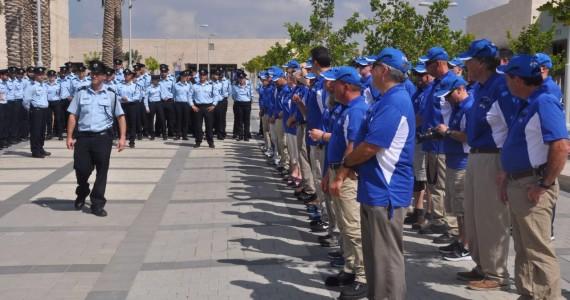 מה עושים עשרות שוטרים אמריקאים בישראל?