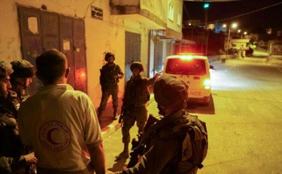 """נהג האמבולנס נעצר (צילום: דובר צה""""ל)"""