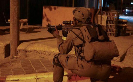 אילוסטרציה: חייל יורה (דובר צהל)