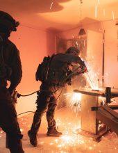 """תיעוד: חיילי צה""""ל משמידים מחרטה לייצור נשק"""