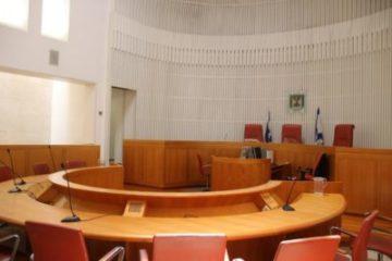"""השופטים דחו העתירה: """"בג""""ץ אינו יושב כערכאת ערעור על בתי הדין הרבניים"""""""