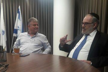 יעקב אשר מציג: התחדשות עירונית לחרדים