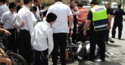 אלעד: בן 20 פגע עם אופנוע בבן 50