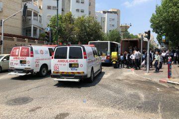 בני ברק: פצועים בתאונת אוטובוס