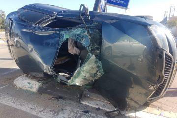 שני פצועים בתאונה משולשת ברחובות