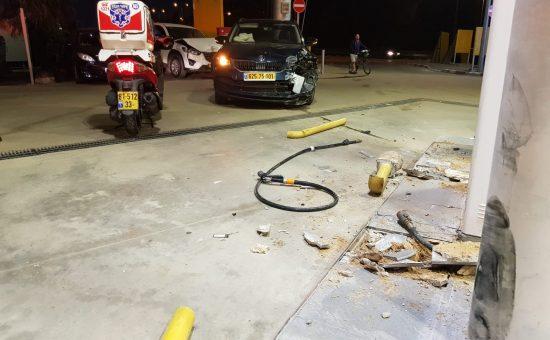 תאונה בתחנת דלק