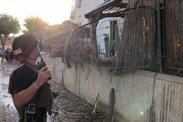 תיעוד: פגיעת הרקטה בבית בשדרות