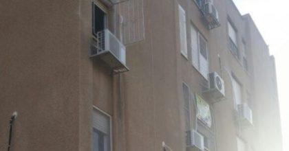 ערד: פעוט חרדי נפל מקומה שלישית ונפצע קשה