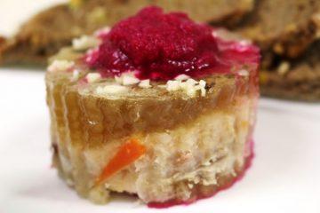 רגל קרושה? הפולנים רוצים לייבא לישראל אוכל כשר