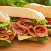 השפעה היפראקטיבית: למה שבסנדוויץ' שלכם יהיו צבעי מאכל?