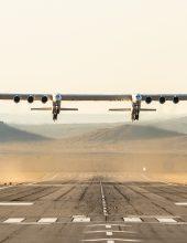 צפו: טיסת בכורה למטוס הגדול בעולם