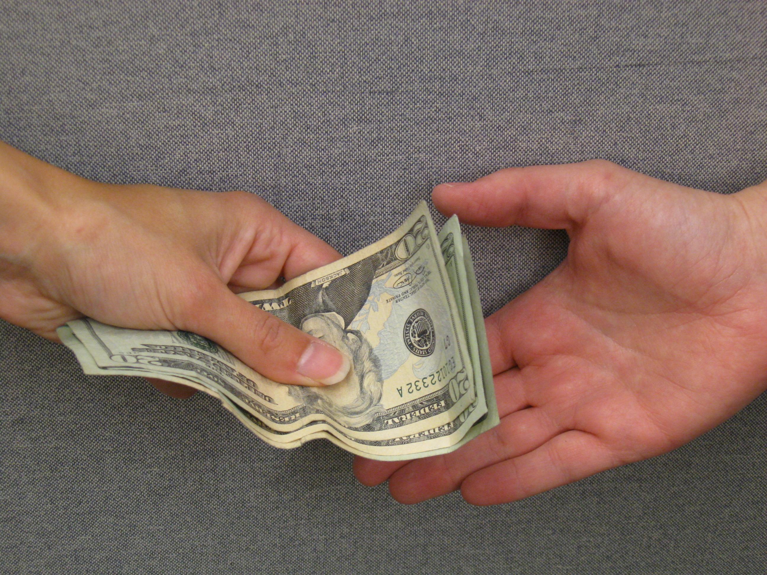 """הדולר בשפל של שנתיים וחצי – צלל אל מתחת ל- 3.50 ש""""ח"""