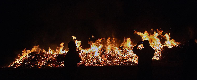 12 נפגעים בשתי שריפות בקרית חיים ואשקלון