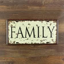 הכל נשאר במשפחה: פישר מהרהיטים? סבא שלו טוביה קרישר הוא הבן דוד של שוסטק