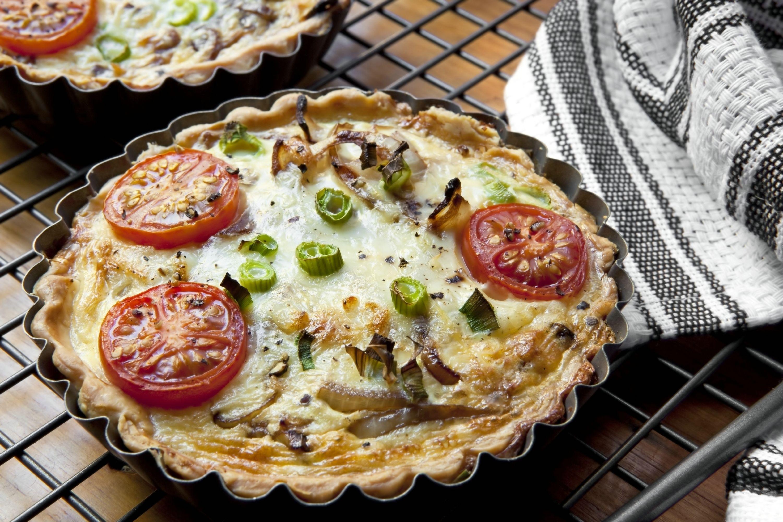 לכבוד שבועות: עוגת גבינה, פשטידה, בורקס ופסטה