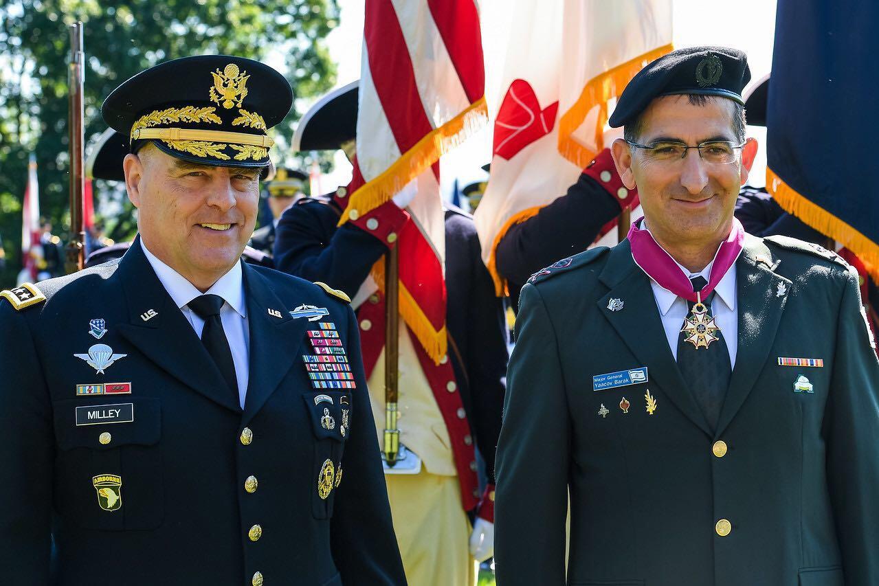 עיטור כבוד אמריקאי הוענק למפקד זרוע היבשה הישראלי